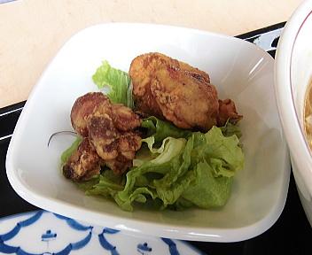 麺食堂 麺'sランチ(唐揚げ)