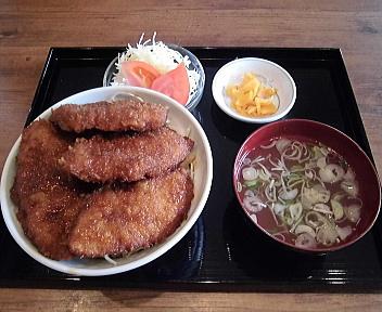 坂新 ソースかつ丼