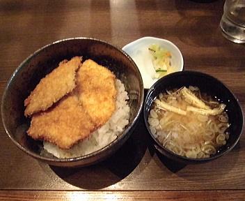 政家新潟駅南店 並盛かつ丼