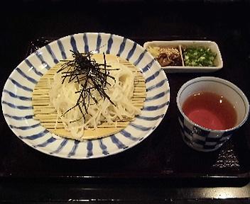 土鍋屋 半生稲庭うどん(しろだし味)
