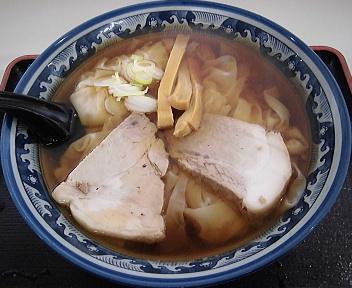 華月 ワンタン麺