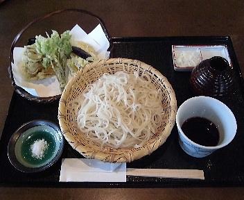 鬼七 野菜天ざる(更科そば)