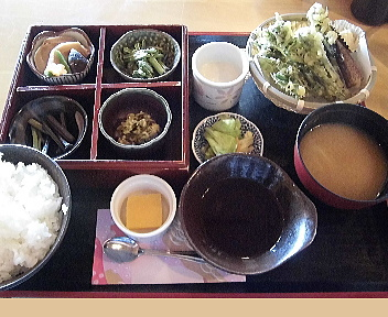 こめ太郎 山菜三昧定食