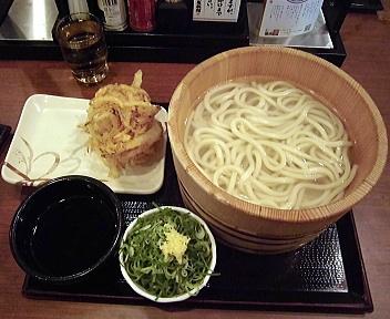 丸亀製麺新潟河渡店 釜揚げうどん特+野菜かき揚げ