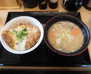 かつや 亀田インター店 カツ丼+とん汁