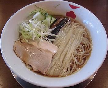 市松 黒鳶の冷たい煮干しそば~黒鳶KUROTOBI~