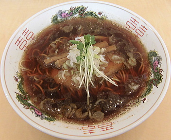 いなば 牛骨煮干し中華そば(細麺)