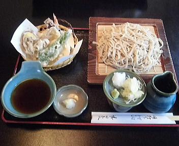 竹田家 10割そば天ぷら付(大盛)