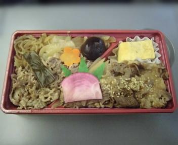 松阪牛すき焼きと近江牛味噌仕立て
