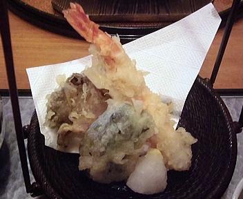 清水苑 鮭とイクラの蒸籠ご飯&そば御膳 天ぷら