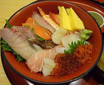 一心 海鮮丼 アップ