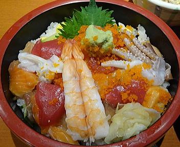 魚がし 日替り丼ランチ ちらし丼