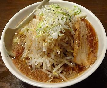 東光 東光ラーメン(野菜増し増し・背脂少なめ)