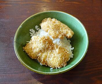 大江戸県庁前店 ささみたれカツ丼
