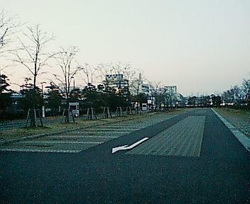 新潟島 駐車場