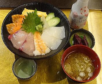 809NIIGATA 海鮮丼(並)