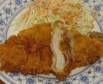 Kaede 田沢湖放牧豚のロースカツレツ アップ