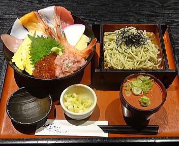 ぜんてい新潟LEXN店 海鮮ちらし丼とミニそばランチ