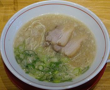 よかとぉ新潟店 博多ラーメン