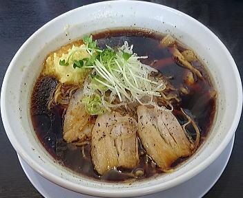 オグリ 黒醤油ラーメン(細麺)