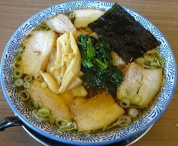 赤シャモジ桜木店 肉中華そば(醤油・大盛)