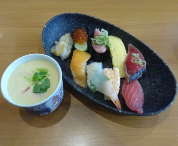 くら寿司新潟松崎店 くらランチ(人気にぎり+茶碗蒸し)