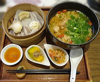 茶趣茶樂 麻油鶏麺ランチセット