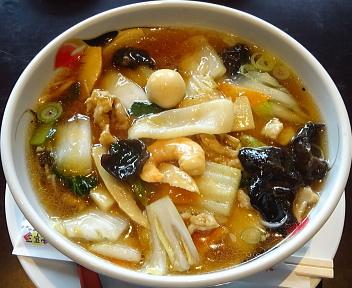三宝茶楼河渡店 五目うま煮麺