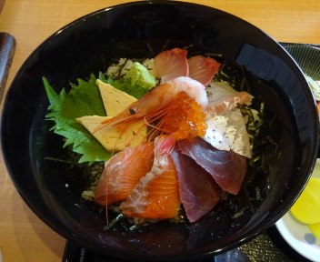 丼どん亭 海鮮丼