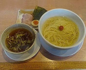 真玄弁天橋通店 昆布水の煮干し細つけ麺(大盛)